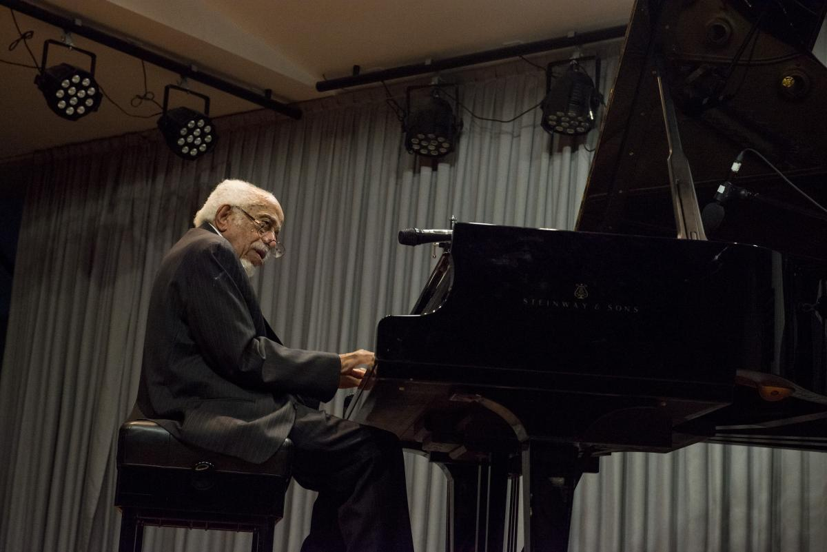 Barry Harris al piano