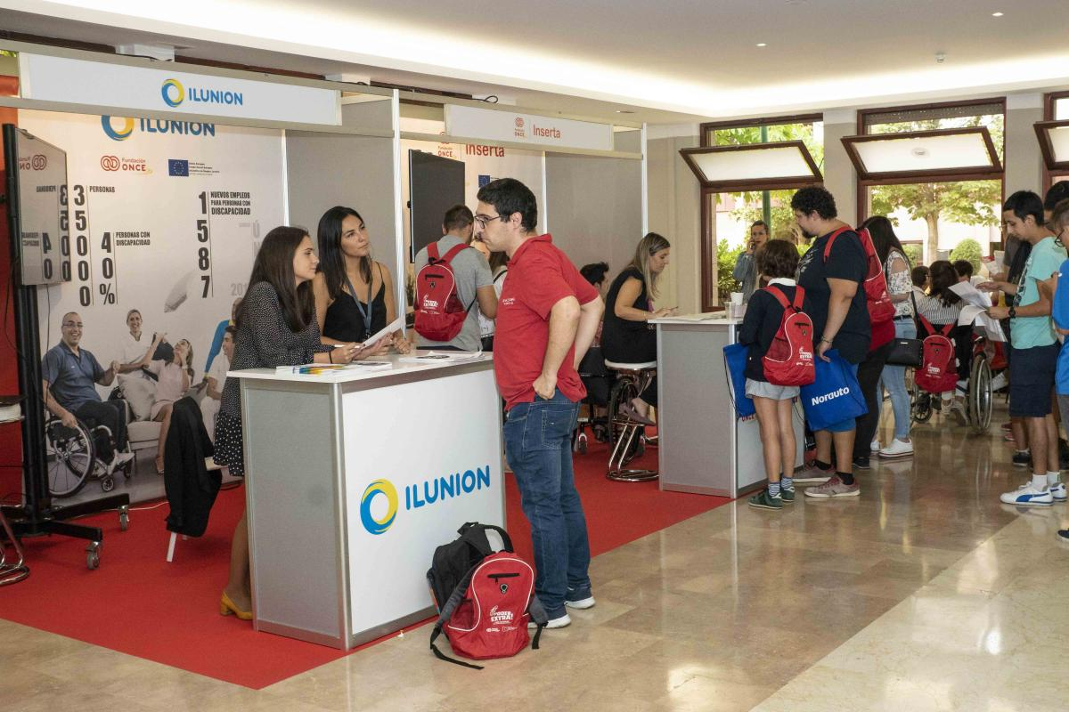 Estand de ILUNION dentro del Game de Empleo